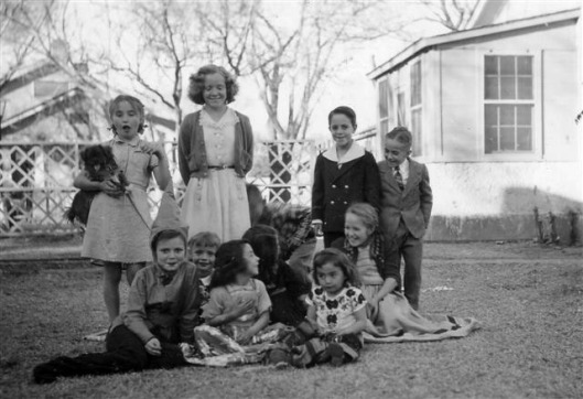 kids_in_the_colony_19441